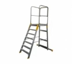 Лестницы с платформой