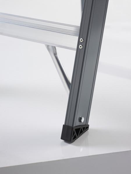 Анодированная двухсторонняя стремянка Falco (FDO) 2X5 ст.