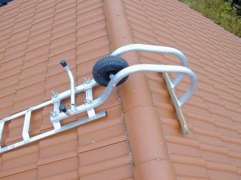 Лестница для крыши деревянная с алюм. ступенями 16 ступ. 804242