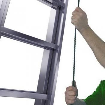 Robilo лестница двухсекционная выдвигаемая тросом 2Х18 ступ. арт. 129871 (120670)