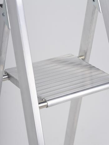 Свободностоящая стремянка Altrex Sierra 5 ступ.